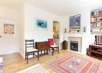 Thumbnail 2 bed flat to rent in Elmington Road, Camberwell