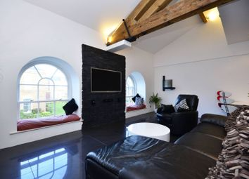Thumbnail 3 bed flat to rent in Royal Drive, Friern Barnet