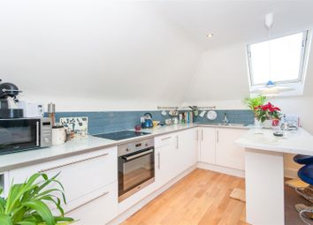 Thumbnail 1 bed flat to rent in Cromford Road, London