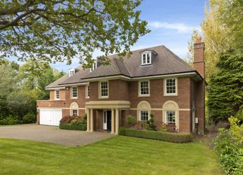Thumbnail 6 bed detached house to rent in Godolphin Road, Weybridge