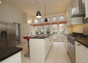 Thumbnail 4 bed flat to rent in Harrington Gardens, South Ken