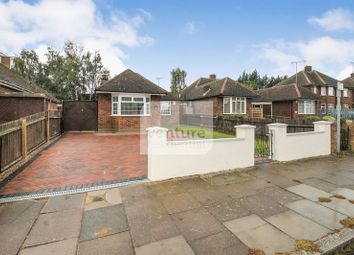 Thumbnail 3 bed bungalow for sale in Faringdon Road, Luton