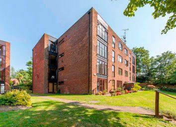 3 bed flat for sale in Mallards Reach, Weybridge KT13