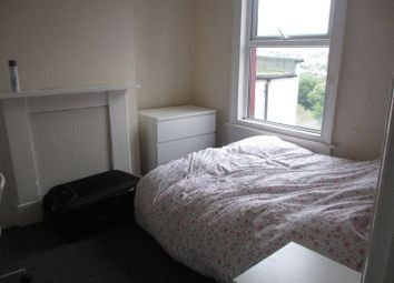 Thumbnail 4 bed detached house to rent in Crescent Road, Brighton