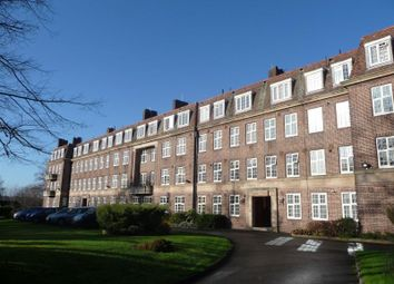 2 bed flat to rent in Pitmaston Court, Goodby Road, Birmingham B13