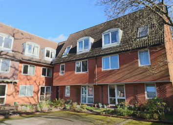 Thumbnail 1 bed flat to rent in Homegreen House, Wey Hill, Haslemere