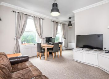 Thumbnail Flat to rent in Royal Crescent W11,