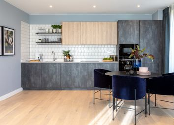 Thumbnail 2 bedroom flat for sale in Mill Hill, London