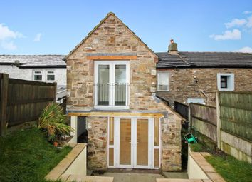 Thumbnail 2 bedroom cottage for sale in Blacksnape Road, Hoddlesden, Darwen