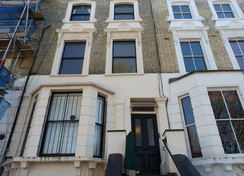 St Charles Square, Ladbroke Grove, London W10. 1 bed flat