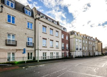 Thumbnail 1 bedroom flat to rent in Woodford Way, Witney