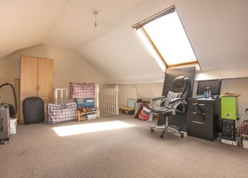 Thumbnail 2 bedroom flat to rent in Cleveland Park Crescent, Walthamstow, London