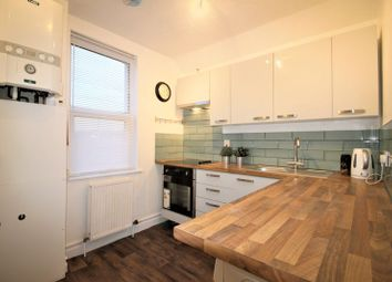 Thumbnail 2 bedroom flat to rent in County Park, Shrivenham Road, Swindon