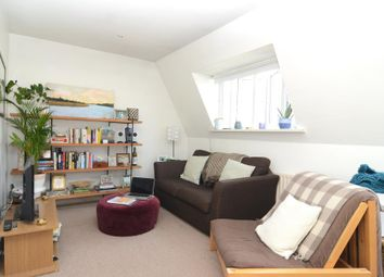 Thumbnail 1 bed flat to rent in St Johns Hill, Battersea