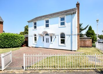 3 bed detached house for sale in Osprey Walk, Watermead HP19