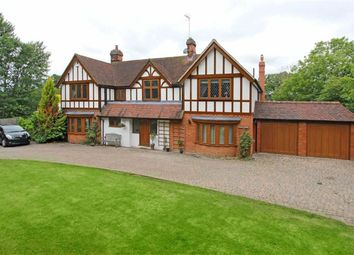 Thumbnail 6 bed detached house to rent in Butterfly Lane, Elstree, Borehamwood