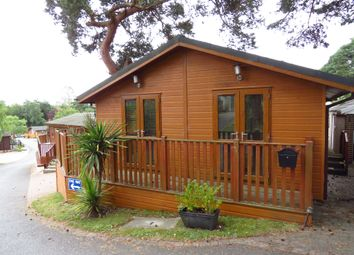 Thumbnail 2 Bed Mobile Park Home For Sale In Matchams Lane Hurn Christchurch
