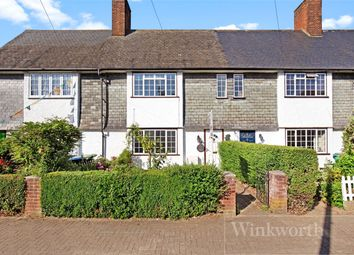 3 bed cottage to rent in Shorts Croft, London NW9