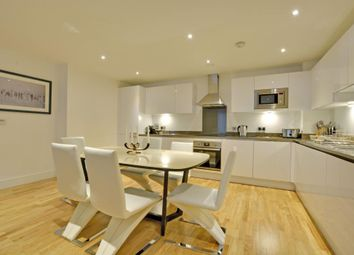 3 bed maisonette to rent in Dowells Street, Greenwich, London SE10