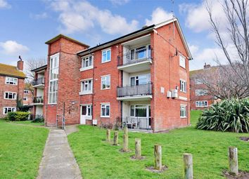 Thumbnail 2 bed flat for sale in Craven Road, Brighton, East Sussex