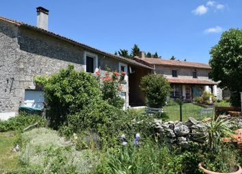 Thumbnail 6 bed property for sale in Barro, Poitou-Charentes, 16700, France