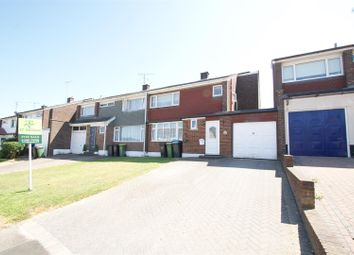 3 bed property for sale in Sunnyfield Gardens, Hockley SS5