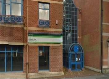 2 bed flat to rent in Clarence Street, Swindon SN1