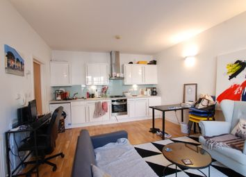 Thumbnail 1 bed flat to rent in Phipp Street, London