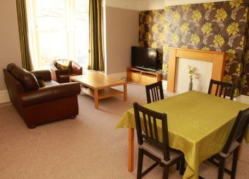 Thumbnail 2 bed flat to rent in Spring Hill, Lincoln
