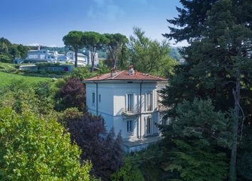 Thumbnail 5 bed villa for sale in Oggiono, Lecco, Lombardy, Italy
