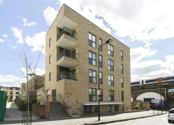 Thumbnail 2 bedroom maisonette for sale in Ponsford Street, London