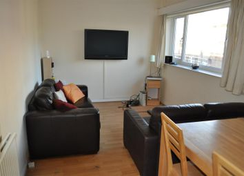 Thumbnail 4 bedroom flat to rent in Wilmslow Road, Fallowfield, Manchester