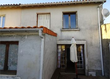 Thumbnail 4 bed property for sale in Poitou-Charentes, Deux-Sèvres, Parthenay
