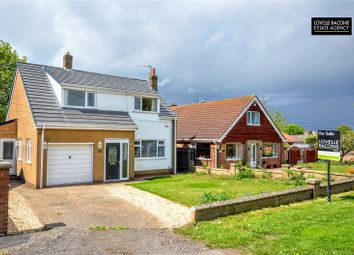 Thumbnail 3 bed detached house for sale in Louth Road, Holton Le Clay