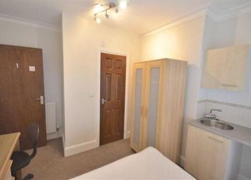 Thumbnail Room to rent in Room With Ensuite, Knowles Road, Gloucester