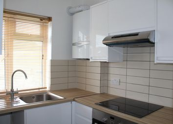 Thumbnail 2 bed flat to rent in Grosvenor Road, Finchley