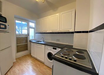 Thumbnail 2 bed flat to rent in Chichester Place, Kemp Town, Brighton