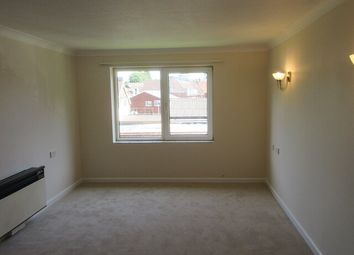 Thumbnail 1 bed flat to rent in Homegreen House, Wey Hill, Haslemere, Surrey