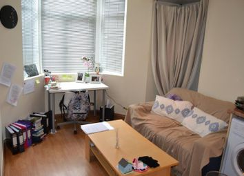 Thumbnail 1 bed flat to rent in Bedford Street, Cardiff