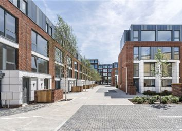 Thumbnail 4 bed flat for sale in Clapham Road, Stockwell