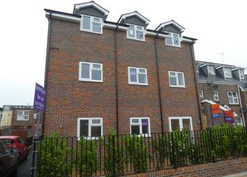 Thumbnail 2 bedroom flat to rent in Trafalgar Place, Portsmouth
