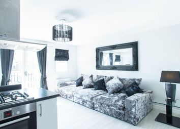 Thumbnail 2 bed flat for sale in Chatham Way, Brentwood