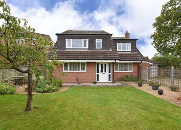 Thumbnail 4 bed detached house for sale in Wakeford Court, Silchester Road, Pamber Heath, Tadley