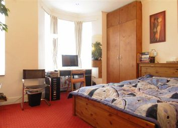 Thumbnail 2 bedroom flat to rent in Lechmere Road, Willesden Green, London