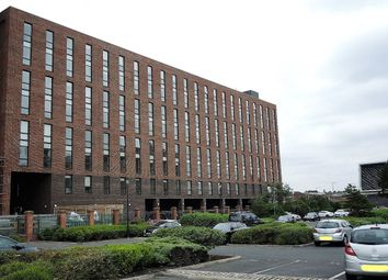1 bed flat to rent in Jesse Hartley Way, City Centre, Liverpool L3