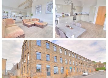 Thumbnail 2 bedroom flat for sale in Glebe Mount, Pudsey