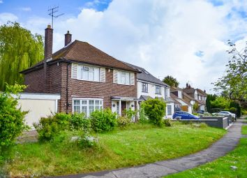 Thumbnail 3 bedroom property for sale in Courtleigh Avenue, Barnet