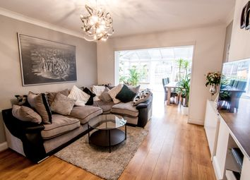 Thumbnail 3 bedroom detached house for sale in Dunstable Road, Luton