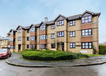 Thumbnail 1 bed flat to rent in Mangles Road, Guildford