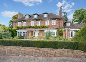 Thumbnail 7 bed detached house to rent in Clare Hill, Esher